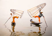 Inle Lake, fishermen, fog, balancing, baskets, Burma, Myanmar