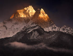 ama dablam photos,ama dablam sunset,ama dablam pictures,himalaya mountains,everest trek