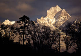 thamserku,everest trek,nepal,kyangjuma,sanasa,namche,nepal forest,himalaya,himalaya