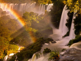 iguazu falls,cataratas iguacu,foz do iguacu,waterfall,mist,rainbow,argentina,rainforest