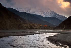 kagbeni,mustang,nepal,annapurna,trek,monastery,village,sunset,kali gandaki