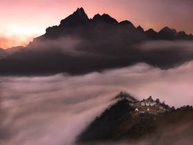 tengboche monastery,everest trek,tengboche photo,tengboche picture,tengboche sunset,cloud sea,nepal,shangri la