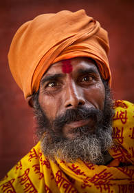 sadhu portrait,hindu culture,nepal culture,kathmandu people,pashputinath,pokhara