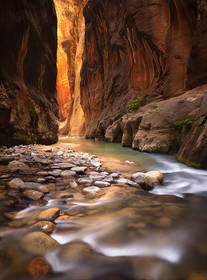 zion narrows picture,zion narrows photo,zion river,zion canyon picture,slot canyon picture,canyoneer