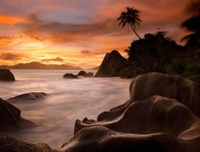 la digue picture,seychelles picture,anse source dargent photo,la digue sunset,anse source d'argent