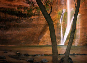 calf creek falls, grand staircase escalante,waterfall, redrock,sandstone,pool,glow,reflection