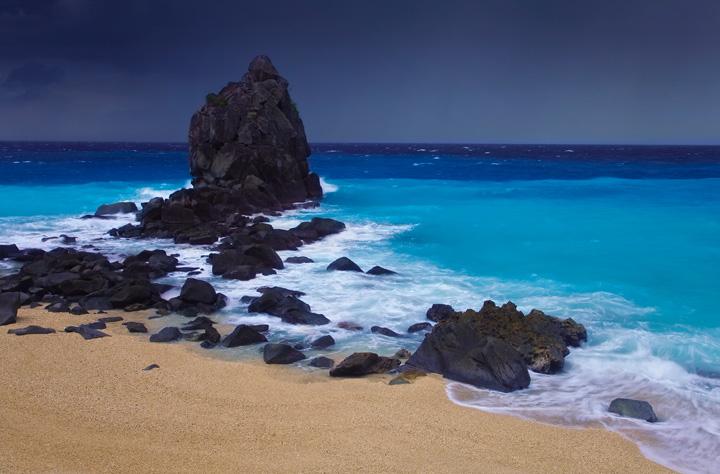 apo island, storm, beach, typhoon, dumaguete, beach, photo