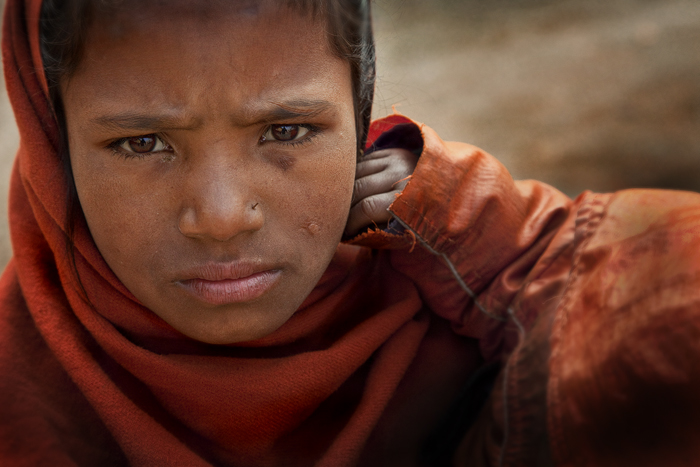 nepal culture,hungry child,kathmandu portrait,nepal portrait,bodhnath,nepal culture, photo