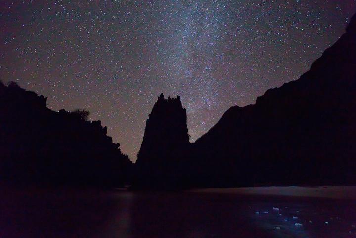 hidden beach, milky way, stars, tour c, el nido, photo