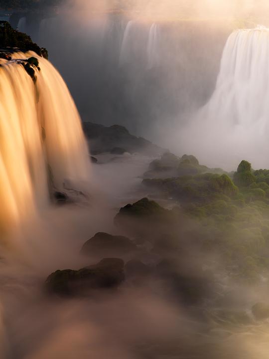 iguazu falls sunset,iguacu falls,waterfall,brazil,foz de Iguacu,rainforest,sunset, photo