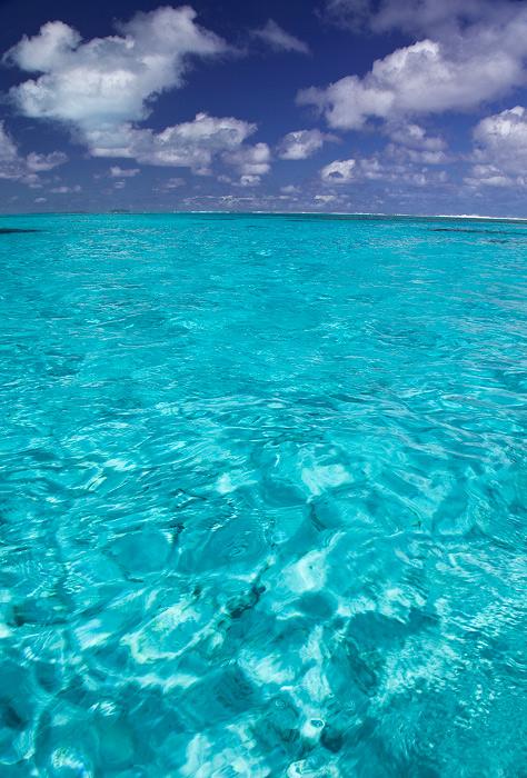 View from the kayak on Aitutaki lagoon.