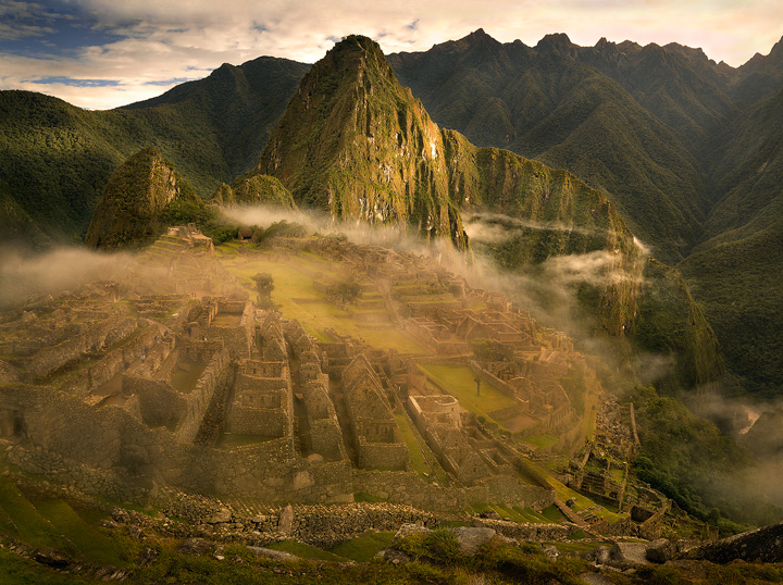 machu picchu,sunrise,clouds,ruins,peru,lost city,seven wonders,inca,fog, photo