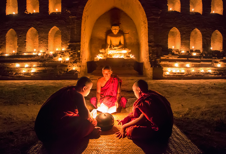 monks, Bagan, Burma, candles, temple, thadingyut, festival, elder, novice, reading, buddhist lent, myanmar , photo