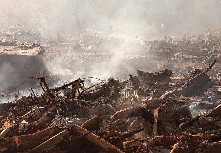 samoa tsunami photos, pictures, lalomanu, taufua, litia sini, destruction, photo