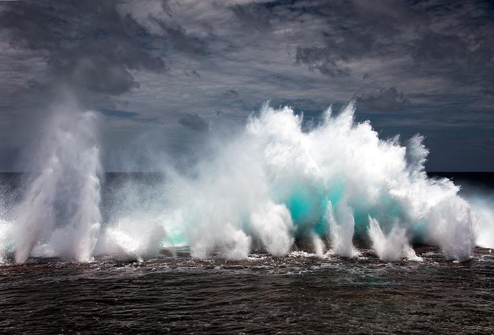 tonga blowholes,mapua,blow hole,surf,tongetapu,global warming,waves, photo